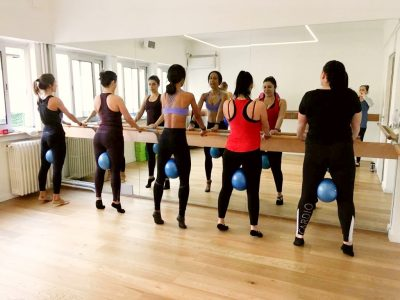 body barre studio - group class barre with ball